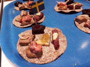Happen, Schwedenfähnchen, brauner Klumen, Schinkenröllchen